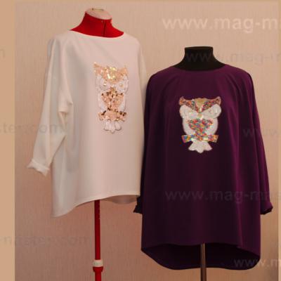 Блуза с аппликацией из паеток